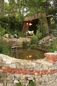 Ванна с гидромассажем в саду, 48 идей реализации