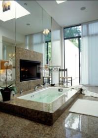 Камин в ванной комнате | Огонь и вода, две стихии в интерьере