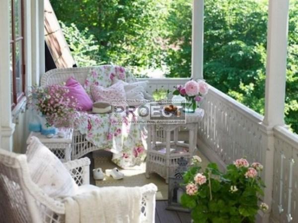 Елка из цветочной сеКрасивые учасВеранды и Панель